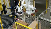 The QComp 5G Palletizer Features a Durable, Robust Robot