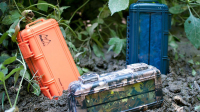 RokPak Is a Solar Battery Pack and Drybox for Your Phone