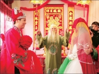 A Typical Jiading Wedding Always Includes a Complete Set of Ceremonies