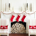 Simple and Spare Holiday Decorating