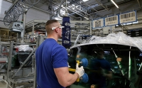 Volkswagen to Use 3D Smart Glasses at German Plant to Improve Production Security