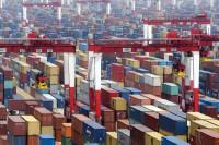 China Faces Pressure as Imp.Drop,Exp Slow