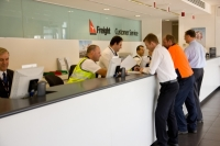 30,000 Qantas Staff Would Spend Christmas in Fear That The Jobs Might Be The Ones to Go