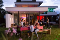 Lightify Garden Spots from Osram Spice Up Outdoor Parties