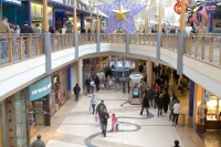 Consumer Confidence Inspires Growth in out-of-Town Footfall