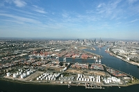 $1.6 Billion Port Capacity Project Has Appointed The First Private Sector Operators