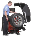 Hunter Engineering Co. Produced New Style Wheel Lift