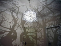 The Chandelier Makes Room Like a Forest Using a Trick of The Light