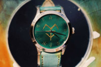 Oracle Bone Wristwatch Unveiled in Luoyang
