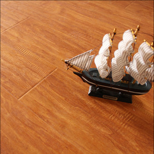 Water-Proof Embossment Embossed Valinge Click Laminate / Laminated Flooring