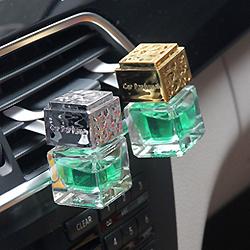 Venda por grosso de 8ml vazio frasco de vidro de perfume de ventilação para carro Ambientador