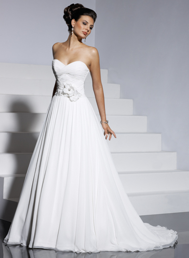 Wedding Dress CH10046 Aline gown with sweetheart neckline and zipper