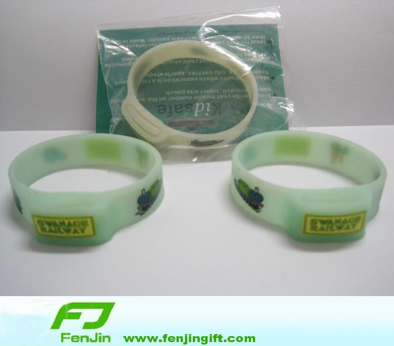 Customizable Silicone Bracelets