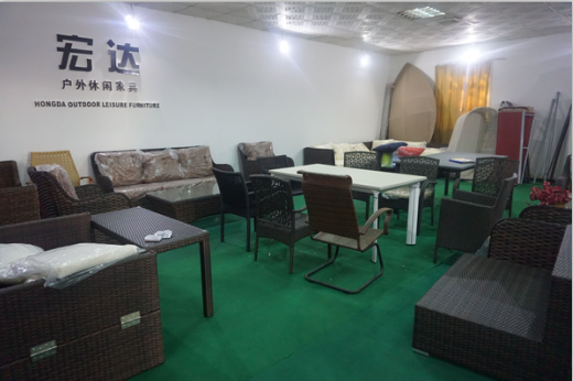 Guangzhou huadu hongda hardware rattan iron furniture for Arredamento made in china