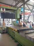 Russian customer inspect the gantry type milling machine