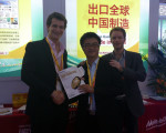 A photo with international buyers